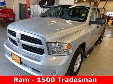 Pre-Owned 2019 Ram 1500 Classic Tradesman 4WD 4D Extended Cab